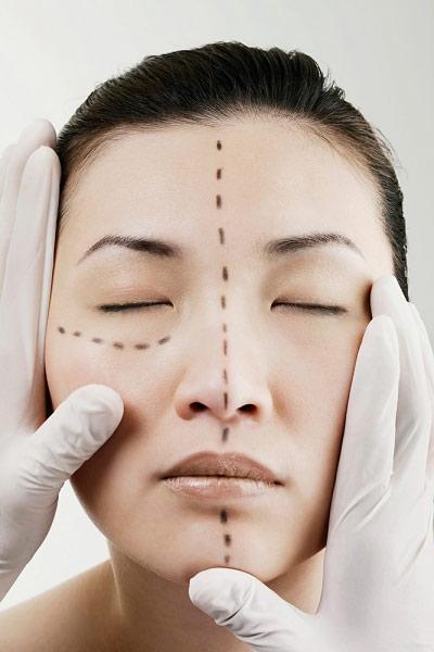 """3 phương pháp thẩm mỹ khuôn mặt được nhiều người """"mê"""" nhất 3"""
