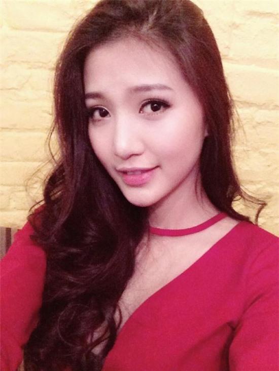 """Những hotgirl Việt sở hữu gương mặt V-line """"đẹp mê ly"""" 6"""