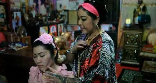 Những cách làm mặt thon gọn kỳ lạ của chị em Á Đông 3