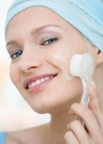 Massage - Cách làm khuôn mặt thon gọn không cần phẫu thuật 1