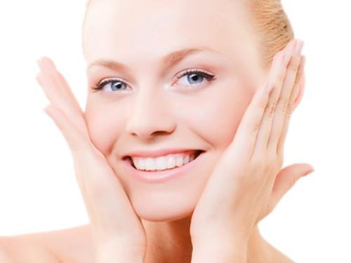 Massage - Cách làm khuôn mặt thon gọn không cần phẫu thuật 2