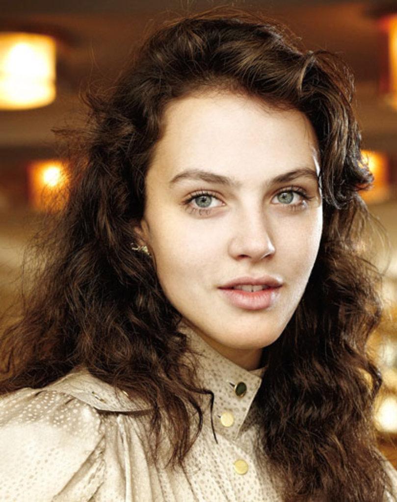 """Những khuôn mặt đẹp nhất hành tinh khiến nhiều người """"ghen tị"""" 6"""