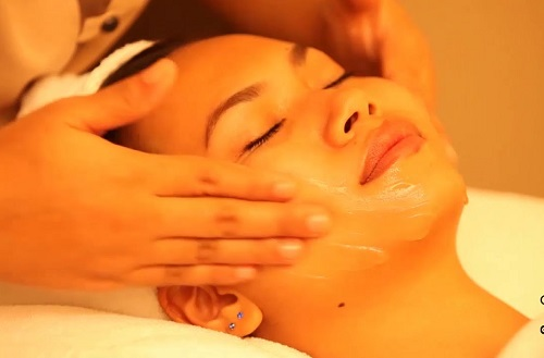 Gọt cằm không cần phẫu thuật nhờ massage đem lại hiệu quả cao