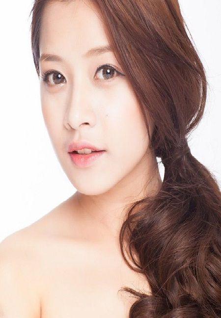 Kiểu tóc tết chéo giúp gương xinh đẹp hơn